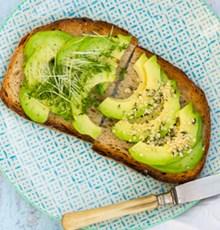 5 غذایی که به کاهش کلسترول کمک می کند.