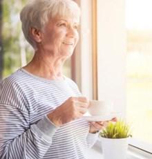 مصرف قهوه، در زنان خطر ابتلا به زوال عقل را کاهش می دهد
