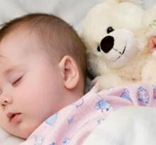 مصرف دمنوش رازیانه در نوزادان مبتلا به کولیک