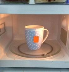 استفاده از ماکروویو، سالمترین روش دم کردن چای