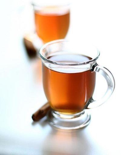 مصرف چای سبز و چای سیاه خطر سکته ی مغزی را کاهش می دهند