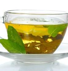 چطور با دمنوش کرفس و چای سبز لاغر شویم