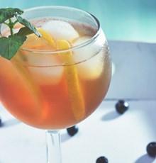 چای سرد بهترین نوشیدنی برای رفع عطش روزه داران