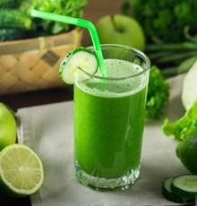 نوشیدنی معجزهآسای خانگی برای کاهش وزن و سمزدایی کبد