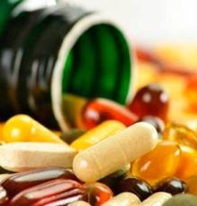 خطرناک ترین نوشیدنی ها برای مصرف همراه دارو
