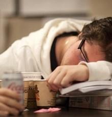 موثرترین دمنوشها برای مقابله با خستگی روزانه