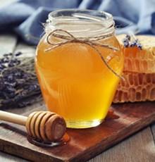 بررسی ارتباط بین مصرف عسل و بهبود عملکرد جنسی و افزایش قدرت باروری