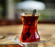 مراقب باشید، چای مانده در بدن تولید سم میکند!