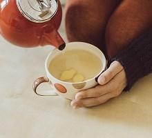 نوشیدن چای گیاهی در طول بارداری