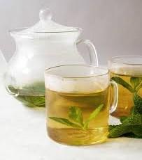 دمنوش چای سبز و نعناع برای کاهش چربی شکم مفید است