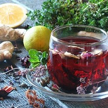 5 نوشیدنی گیاهی که کلسترول خون را تنظیم می کنند.