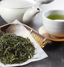 مروری اجمالی: تأثیر مصرف چای سبز بر میزان اکسیداسیون، متابولیسم و دفع چربی بدن
